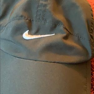 Nike Accessories - Nike Running Featherlight Dri-Fit Hat